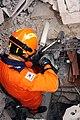 2010년 중앙119구조단 아이티 지진 국제출동100119 몬타나호텔 수색활동 (580).jpg