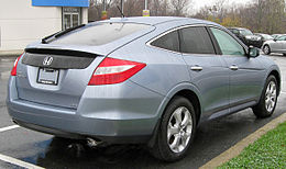 2010 Honda Accord Crosstour EX-L rear -- 11-25-2009.jpg