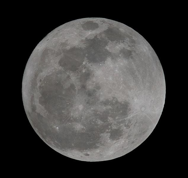 File:20110119 moon-001.jpg