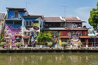 2016 Malakka, Budynki nad rzeką Malakka (10).jpg