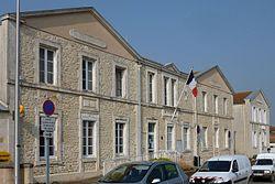 261 - Mairie - Charron.jpg