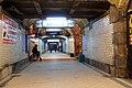 2953viki Dworzec Główny przed remontem. Tunel wiodący do peronów. Foto Barbara Maliszewska.jpg