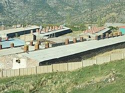 440 Bâtimnts d'un ancien kolkhoze près de Djermouk.JPG