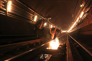 60th Street Tunnel - Installing continuously welded rail in the tunnel