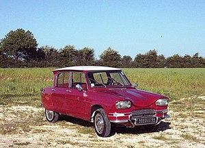 Citroën Ami - 1968 Citroën Ami 6 (Rouge Corsaire)