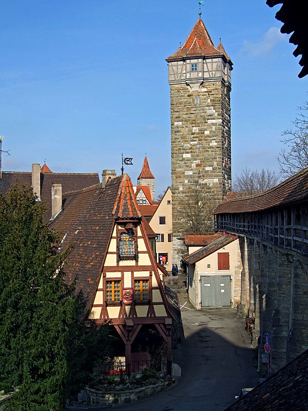 A house near the city walls of Rothenburg