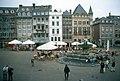 Aachen-06-Rathausplatz-Brunnen-2002-gje.jpg