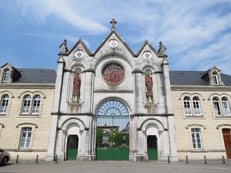 File:Abbaye de La Trappe 1.jpg