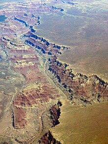 Canyon - Wikipedia