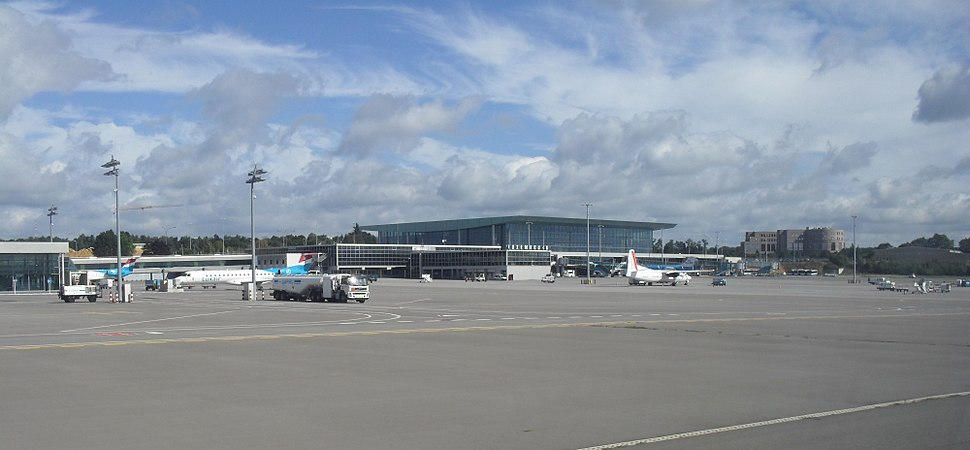 Aeroport Findel Luxembourg terminal A 01.jpg