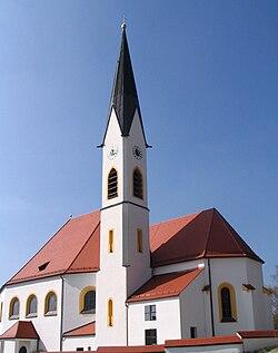 Aiglsbach Lkr Kelheim Pfarrkirche St Leonhard.JPG