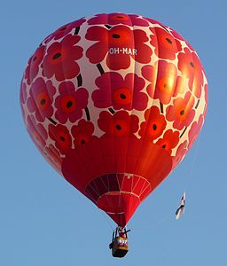 Albuquerque Balloon Fiesta 2011 - Oh-Mar balloon in flight.JPG