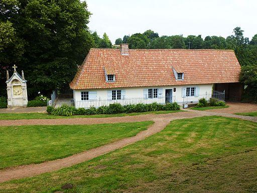 Amettes (Pas-de-Calais, Fr) maison natale Saint Benoît Fabre, extérieur