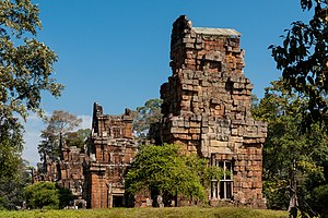 Prasat Suor Prat - Image: Angkor Siem Reap Cambodia Suor Prat Towers 02