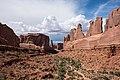 Arches National Park (33783534611).jpg