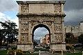 Arco di Traiano (Benevento) 02.jpg