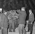 Artiesten treden in circus Boltini op ( Tom Kelling olifant), Bestanddeelnr 914-1002.jpg