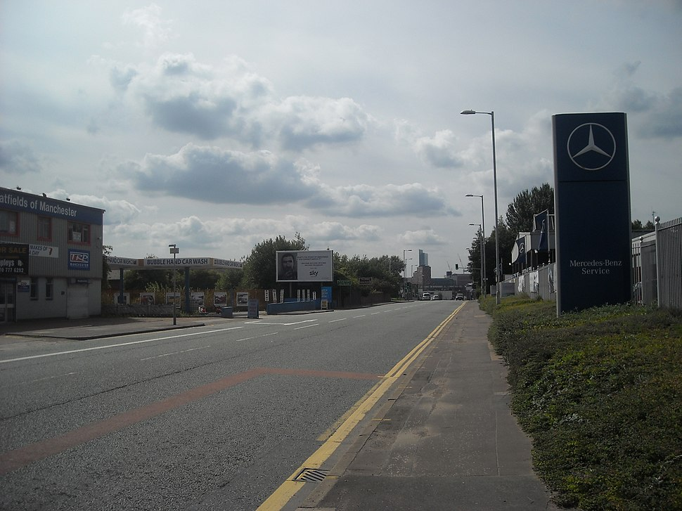 Ashton Old Road, Beswick - panoramio (1)