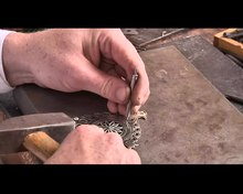 Archivo:At a goldsmith's workshop Podhale region.webm