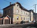 Baross Gábor tér 8, műemlék szolgálati lakóépület, 2019 Aszód.jpg