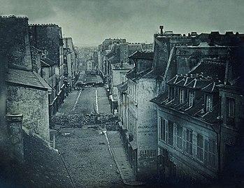 Barricades rue Saint-Maur. Avant l'attaque, 25 juin 1848. Après l'attaque, 26 juin 1848.jpg