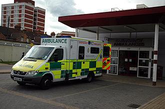 Bedford Hospital - Image: Bedford A&E ambulance