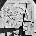 Bij opgraving gevonden fragmenten van grafzerken - Monster - 20160362 - RCE.jpg