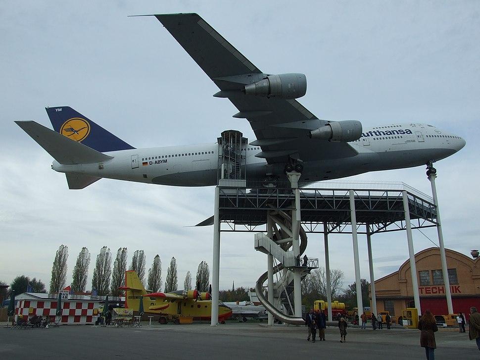 Boeing 747-230 Schleswig-Holstein 06