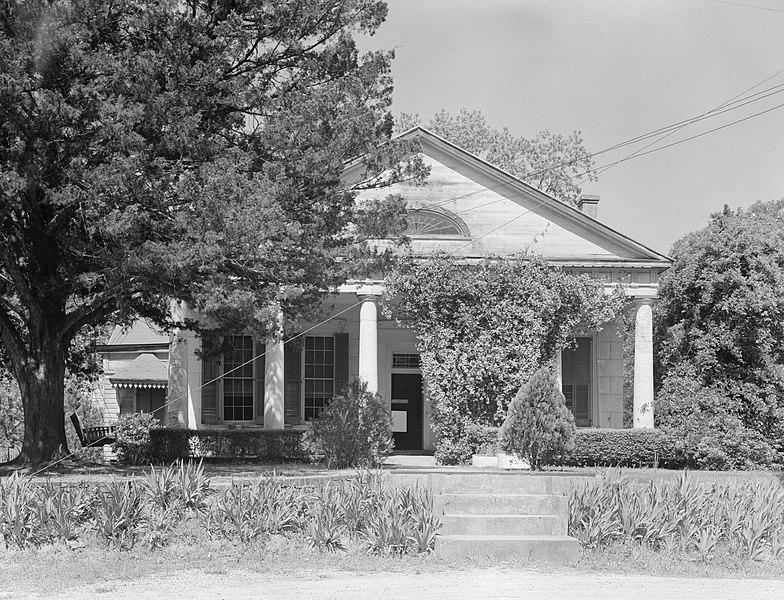File:Brame-Bennett House, Clinton.jpg