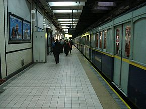 Buenos Aires - Subte - Acoyte 1.jpg