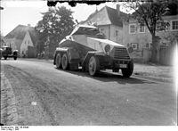 Bundesarchiv Bild 136-B3098, Herbstmanöver des IX. Armeekorps.jpg