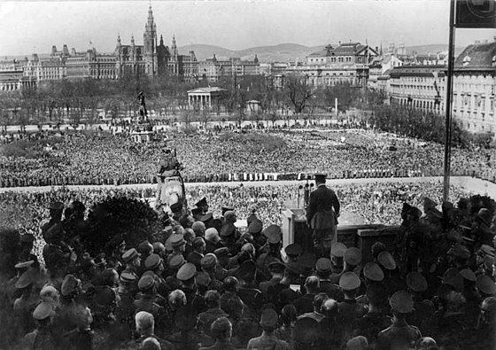 Hitler announces the Anschluss on the Heldenplatz, Vienna, 15 March 1938. Bundesarchiv Bild 183-1987-0922-500, Wien, Heldenplatz, Rede Adolf Hitler.jpg
