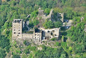 Liebenstein Castle (Rhine) - Image: Burg Liebenstein 02