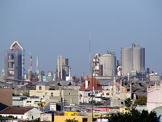 Economy of Mexico - A Cemex plant on the outskirts of Monterrey.