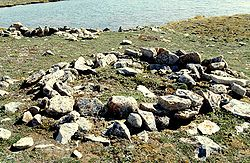 Cambridge Bay Thule Site 1998-06-28.jpg