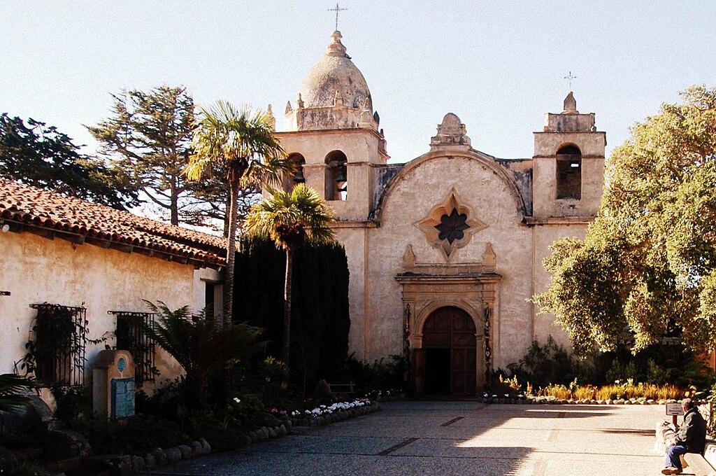 Carmel Mission (Carmel-by-the-Sea, California).jpg