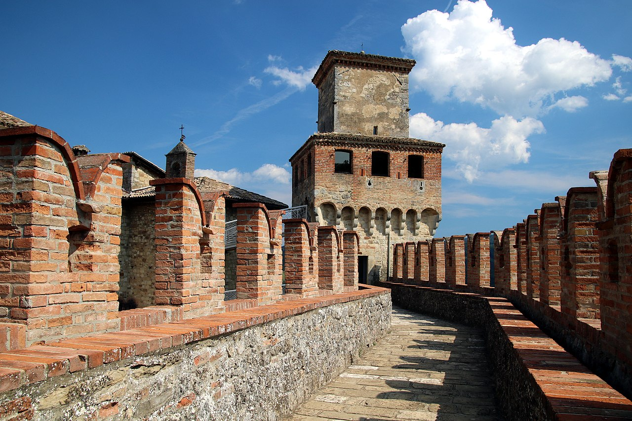 Castello di Vigoleno (Vernasca) 18.jpg