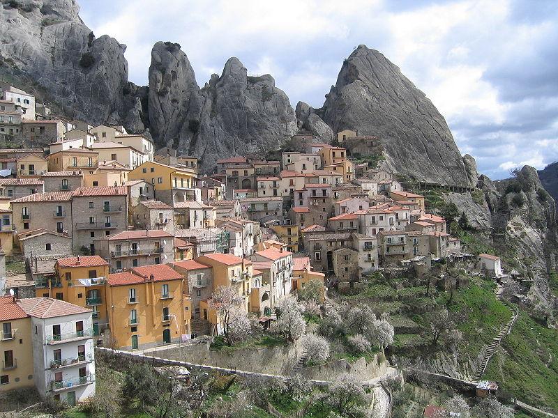File:Castelmezzano panorama.jpg