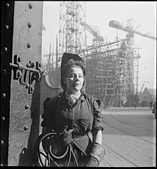 Cecil Beaton Photographs- Tyneside Shipyards, 1943 DB67.jpg