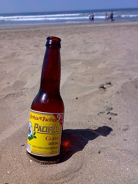 http://upload.wikimedia.org/wikipedia/commons/thumb/2/26/Cerveza_Pacifico.jpg/450px-Cerveza_Pacifico.jpg