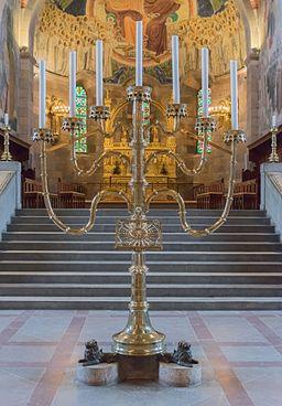 Chandelier sept branches Cathédrale Viborg Domkirke Denmark