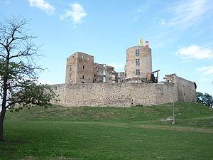 Château de Montrond (Montrond-les-Bains) - Image: Chateau Montrond les Bains (1)