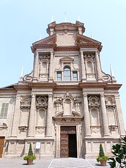 Cherasco-santuario madonna del popolo-facciata