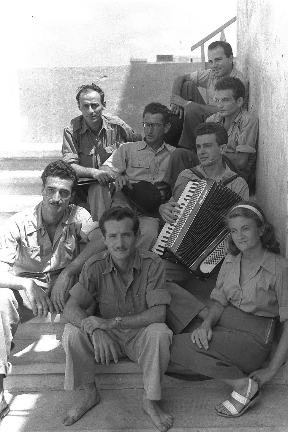 Chizbatron 1949