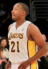 Duhon w barwach Lakers