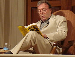 Christopher Hitchens reading his book Hitch 22
