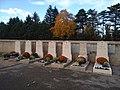 Cimetière de Limas - Tombes Morts pour la France 1914-1918.jpg