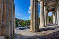 Cimitero di Staglieno Pantheon Colonnato visione laterale.jpg