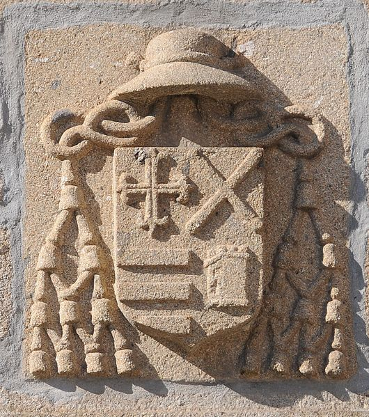 File:Coats of arms in Rua Santo Antonio.JPG
