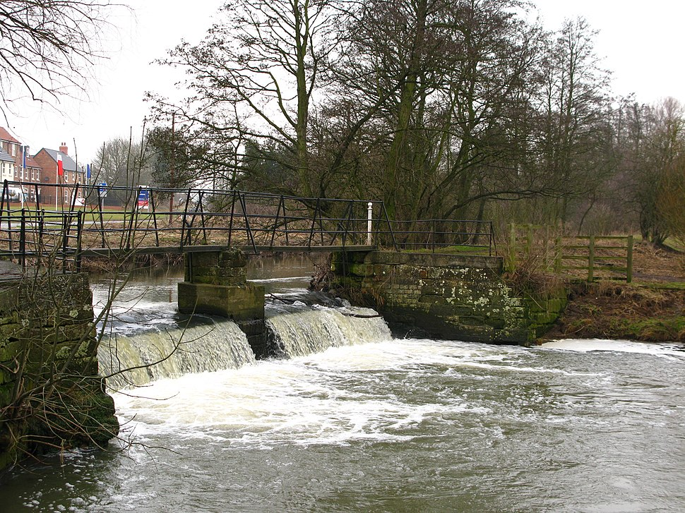 Cod Beck Weir, Thirsk - geograph.org.uk - 1718027